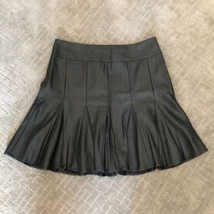 Fun Ann Taylor faux leather lined mini skirt